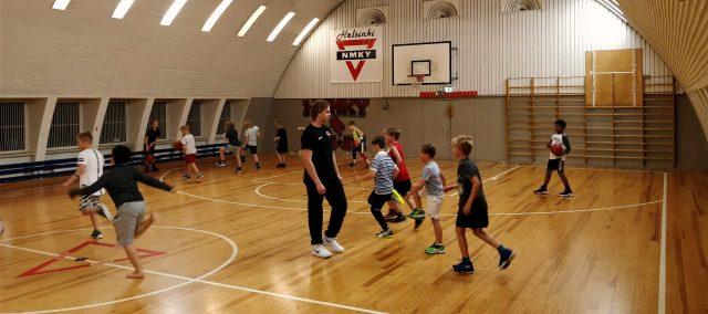 Stadin 08-pojat harjoituksissa
