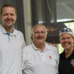 Hanno Möttölä kertoi Golf Challengen avustuskohteista, seurassa Tapio Sademies ja Timo Laulaja